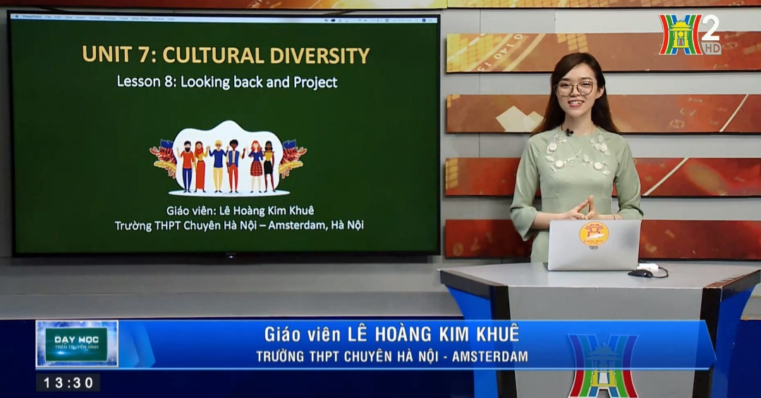 Tải sách: Unit 7: Cultural Diversity ( Lesson 8: Looking back and Project) – Tiếng Anh 10